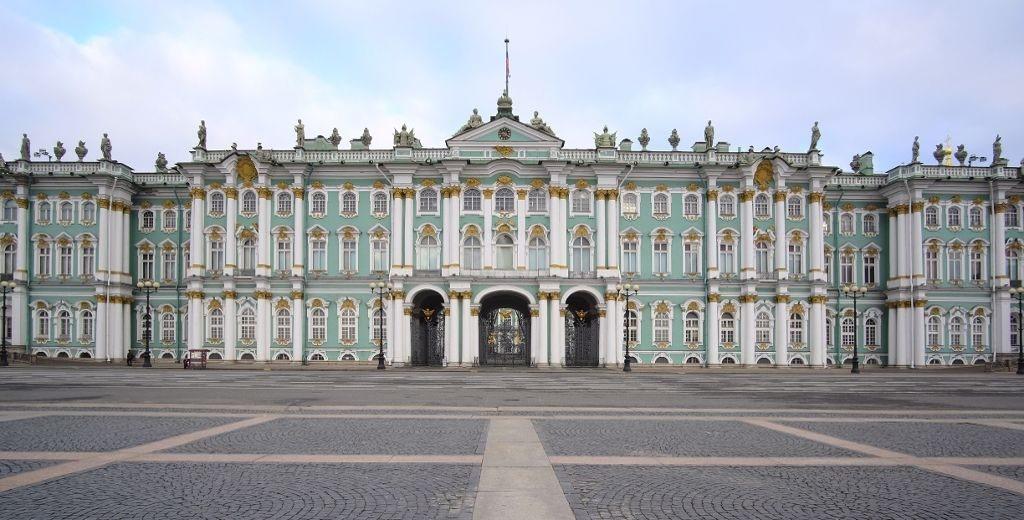 50 000 ламп для Зимнего дворца